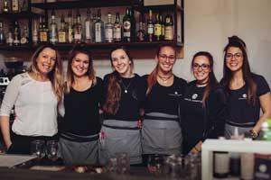 L'équipe du tonnerre restaurant bistro L'Espace Comptoir